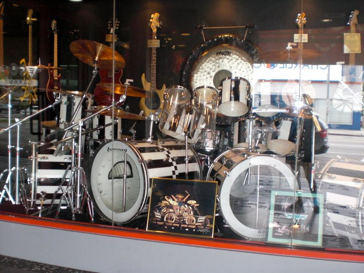 guitar center hollywood roth army forums gallery. Black Bedroom Furniture Sets. Home Design Ideas